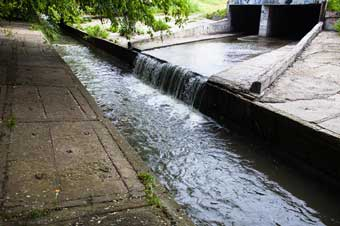 Stormwater Discharges and Permits in Construction