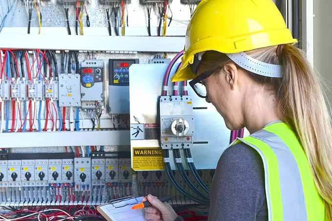 Florida NFPA 70E - 2012 Standard for Electrical Safety in the Workplace